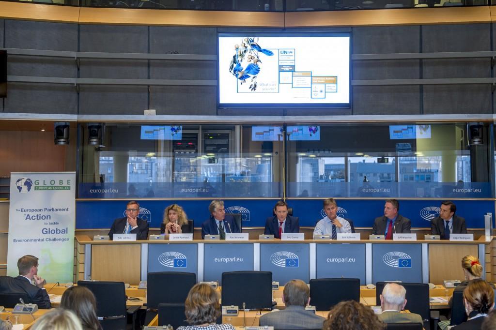 Globe EU @ EP