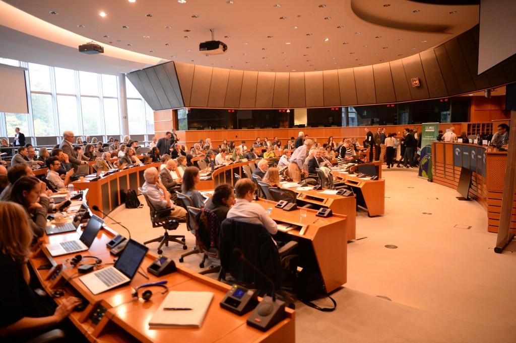 20191015-EU Parl-Forum Globe-CoR032